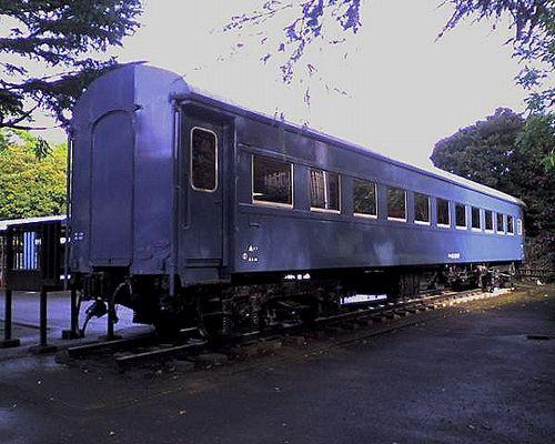 スハ42 2047(川崎市立青少年科学館・2009年12月12日)