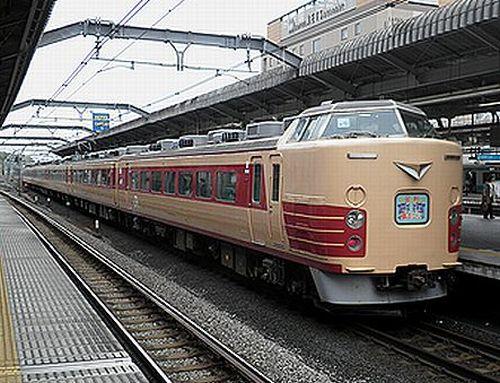 宮オオ183系OM102編成「足利藤まつり1号」(2012年4月22日・赤羽)2
