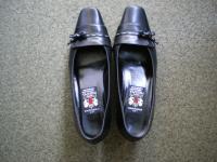 ミハマ 靴