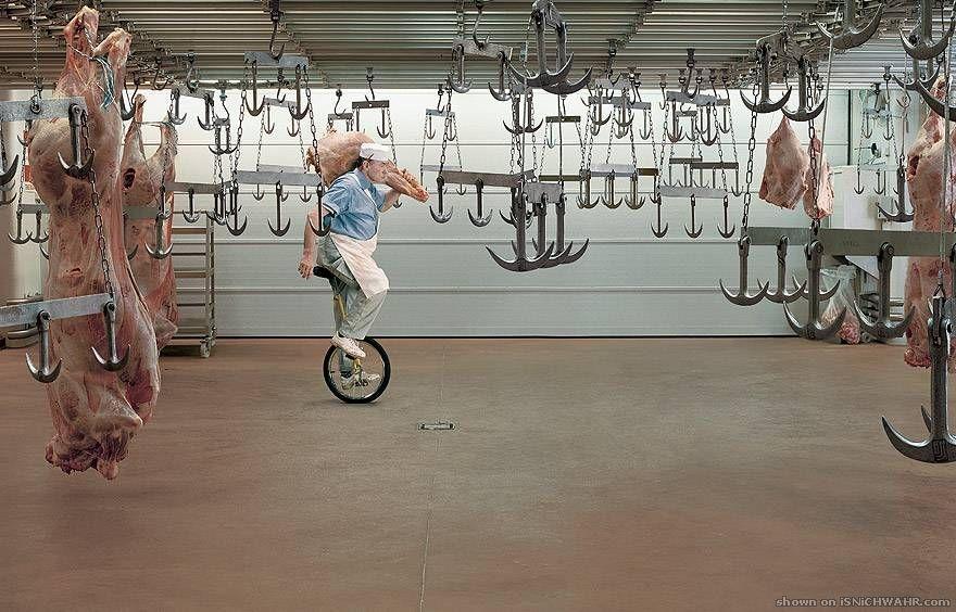 我社は効率を高めるため、従業員に一輪車を・・・