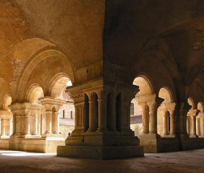 Abbaye_de_Fontenay2.jpg