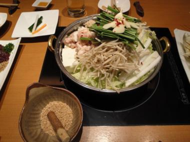 慶州 もつ鍋・すりごま