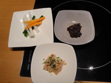 慶州 酢もつ・野菜スティック