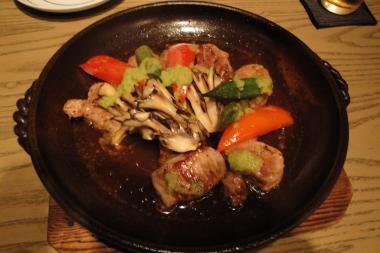 BASSIN 肉焼き