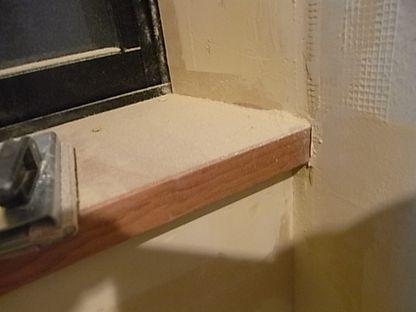 塗り壁 下地パテ サンディング 粉塵