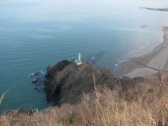 灯台コースから日本海を望む