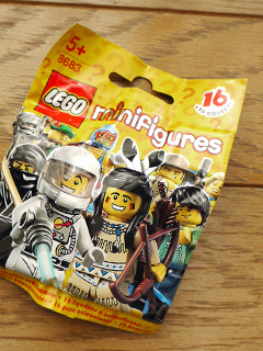 LEGOMinifigSeries02.jpg