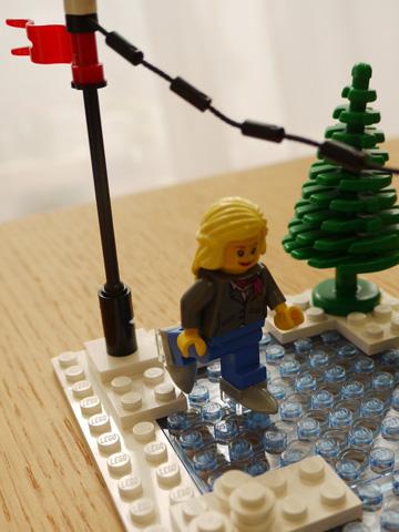 LEGOWinterVillageBakery16.jpg