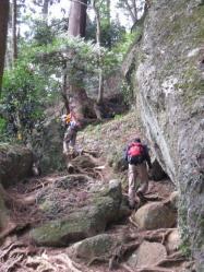 登る 石老山