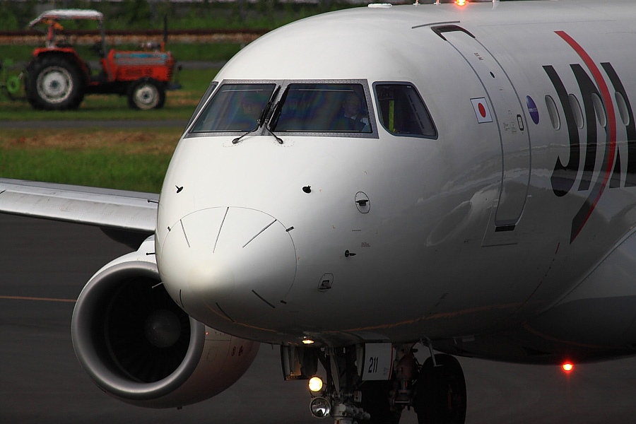 J-AIR ERJ-170-100 JAL2430@下河原緑地展望デッキ(by EOS50D with SIGMA APO 300mm F2.8 EX DG/HSM + APO TC2x EX DG)