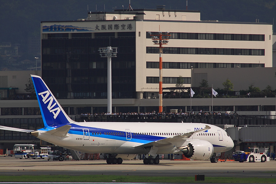 Boeing 787-83Q N787EX@伊丹スカイパーク(by EOS50D with SIGMA APO 300mm F2.8 EX DG/HSM + APO TC1.4x EX DG)