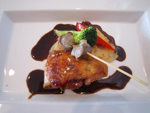 鶏モモ肉のコンフィ