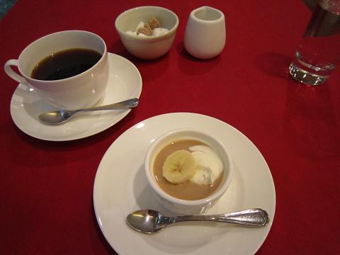 コーヒーとカスタードプリン
