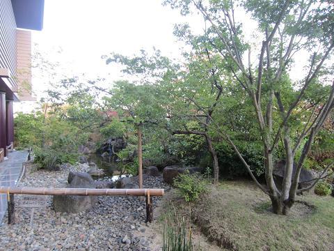 池あり風流庭