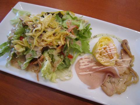 サラダ+プチオードブル