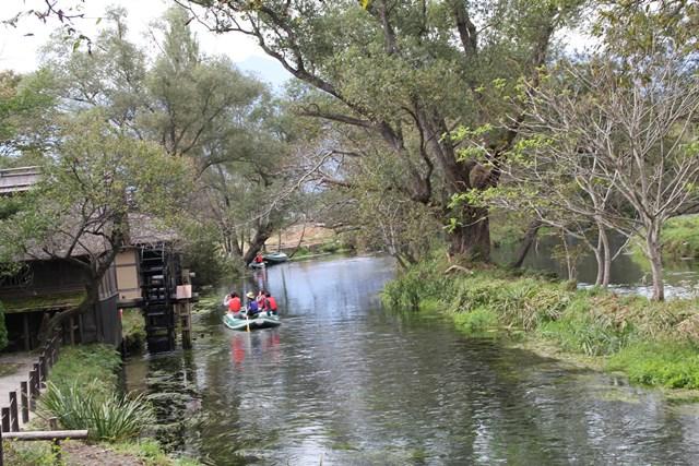 蓼川でクリアボート体験