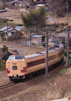 中央西線田立 381系 1
