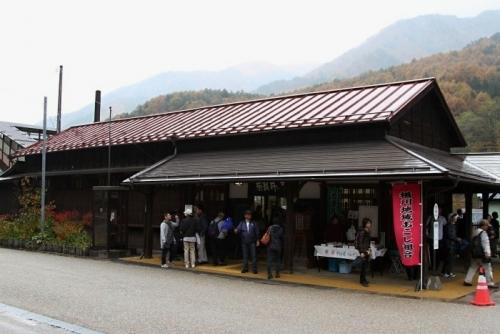 奈良井駅舎