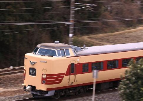 中央西線田立 381系 3