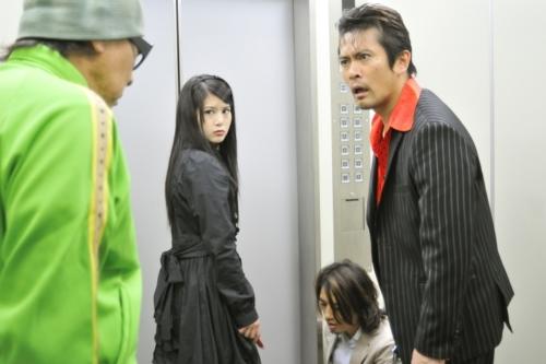 悪夢のエレベーター1 (500x333)