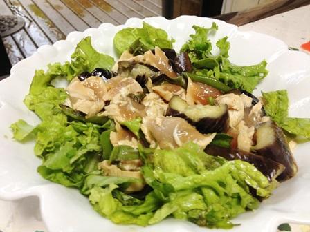 焼きナスとササミの和風サラダ