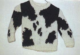 牛柄セーター