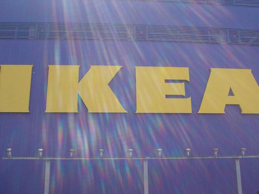 IKEAフードコートでホットドッグ001