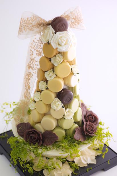 green  tower of macaron