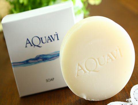 ミネラルと酵素のアクアヴィ石鹸