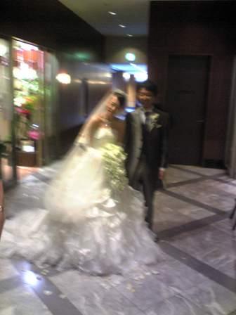 キミ結婚式