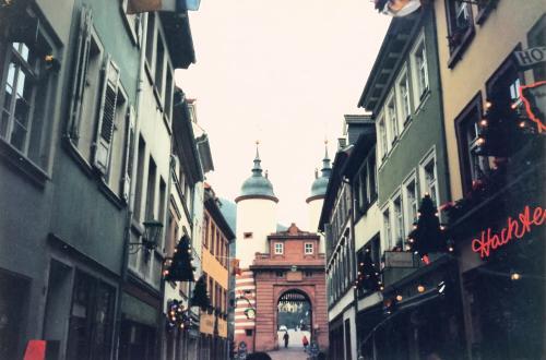 ハイデルベルク城への道