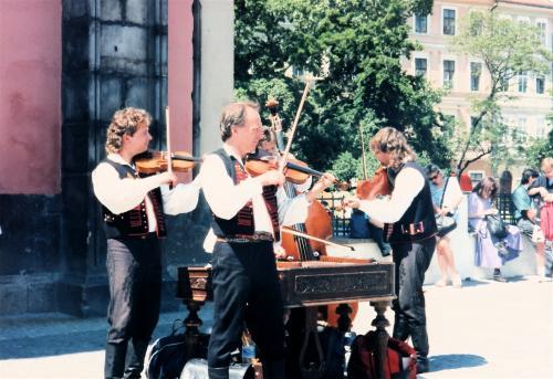 プラハ旧市街の楽士たち