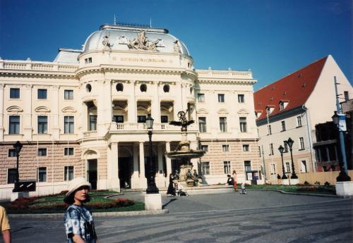 スロバ・オペラ劇場