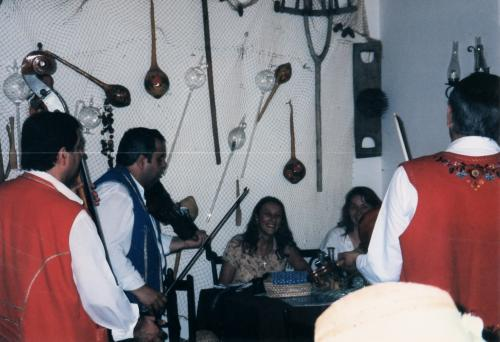 センテンドレの民族演奏