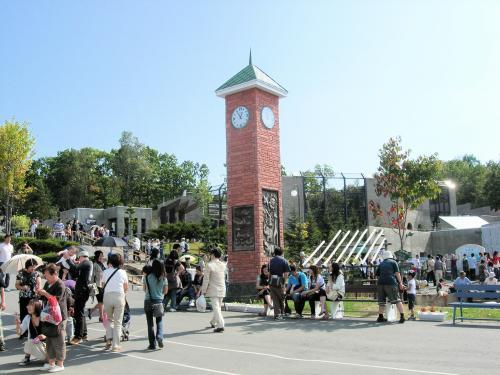 園内時計塔