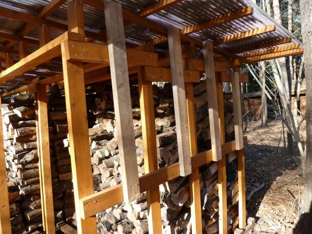 薪小屋の補強