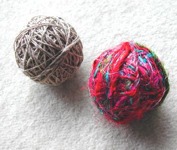 絹玉と麻玉