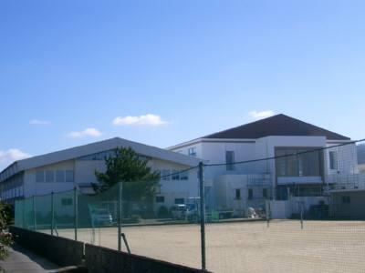 苓北中学校体育館2