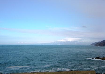 鳥海と日本海