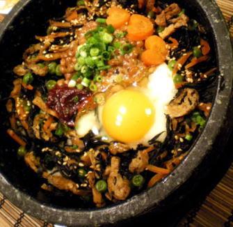 ひじきと納豆の石焼ご飯
