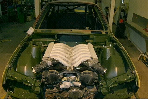 E30 V12