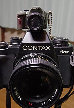CONTAX AriaとK-xミニチュア(オリーブ)