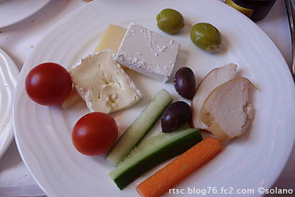 エミレーツ航空ビジネスクラス、機内食(朝食)2