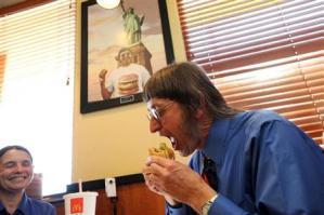 ビッグマック2万5000個食べた米男性 39年間、毎日2食