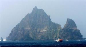 竹島_日本固有の領土「竹島」=2006年7月(ロイター)