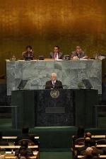 パレスチナ国連加盟申請で演説するアッバス議長(ロイター)