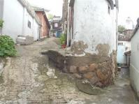 韓国_風俗嬢連続殺人鬼の迷宮 「チェイサー」のロケ地となった迷宮のような住宅街