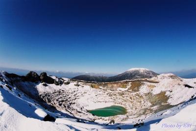雪景色の新燃岳