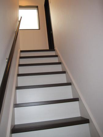 一階の階段2