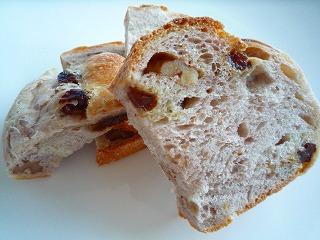 La・毛利(レーズンナッツパン)